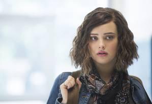 Hannah Baker: protagonista vivida por Katherine Langford na série da Netflix comete suicídio e responsabiliza colegas de escola Foto: Beth Dubber/Netflix/Divulgação