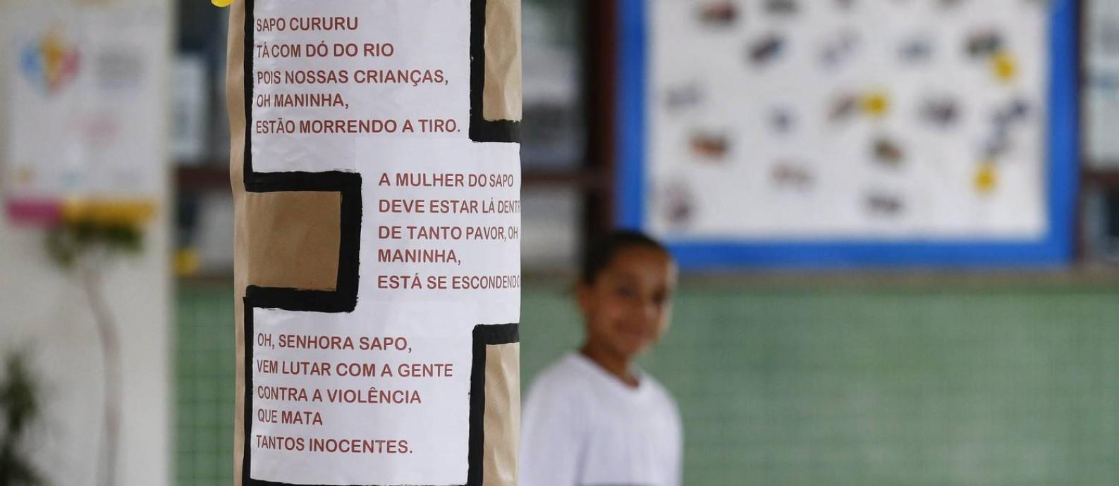 """""""Sapo Cururu"""" ganha versão para abordar violência urbana: psicólogos supervisionam volta às aulas na Escola Municipal Jornalista Daniel Piza Foto: Pablo Jacob / Agência O Globo"""