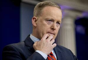 Sean Spicer dá coletiva de imprensa diária na Casa Branca Foto: Andrew Harnik / AP