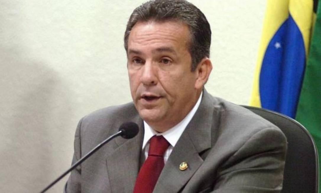 Ex-senador Luiz Otávio Campos foi preso sub suspeita de ter captado recursos de caixa dois Foto: Celio Azevedo / Agência Senado