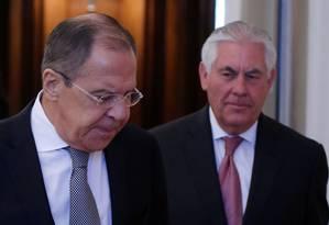 Chanceler russo, Sergei Lavrov, e o secretário de Estado americano, Rex Tillerson, se reúnem em Moscou Foto: MAXIM SHEMETOV / REUTERS