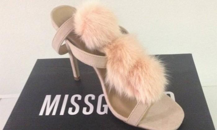 Sapatos da marca Missguided continham pelos de gato - Divulgação / HSI