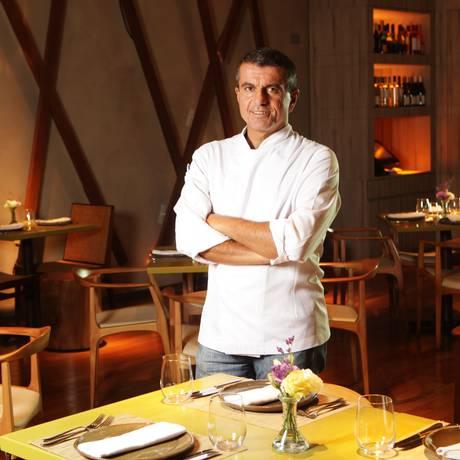 Chef Renato Ialenti: clássicos com releitura sofisticada Foto: Berg Silva / Divulgação