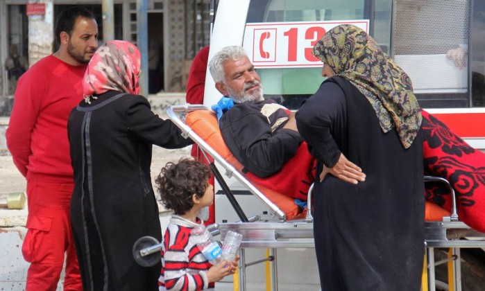 Atentado contra comboio de civis mata mais de 110 pessoas na Síria