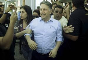 Rosinha e Garotinho deixam o Fórum de Campos após audiência do processo a que ele responde por suposta compra de votos Foto: Gabriel de Paiva/20-02-2017 / Agência O Globo