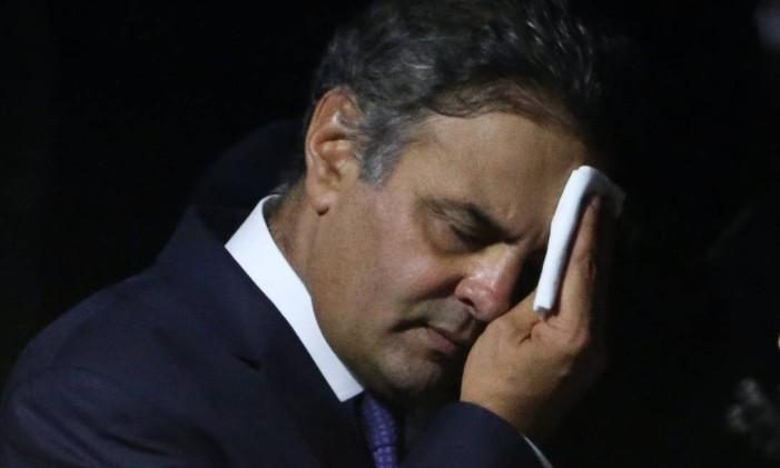 O senador Aécio Neves Foto: ANDRE COELHO / Agência O Globo