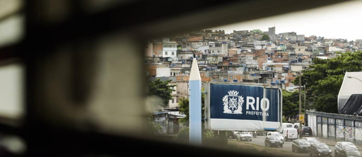 Ciep Willy Brandt, no Jacaré: metade dos alunos falta à aula nesta terça Foto: Gabriel de Paiva / Agência O Globo
