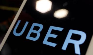 Logo da Uber em um tablet Foto: Tyrone Siu / Reuters