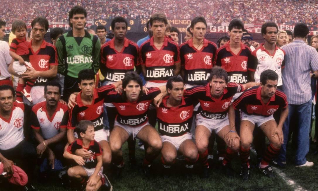 Time do Flamengo que venceu a Copa União de 1987 Foto: Arquivo O Globo