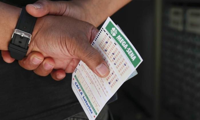 Mega-Sena pode pagar prêmio de R$ 75 milhões nesta quarta-feira