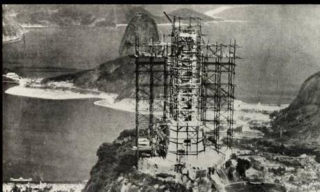 Símbolo. A construção do Cristo só teve início em 1926 e levou cinco anos para ser concluída Foto: 06/1930 / Reprodução