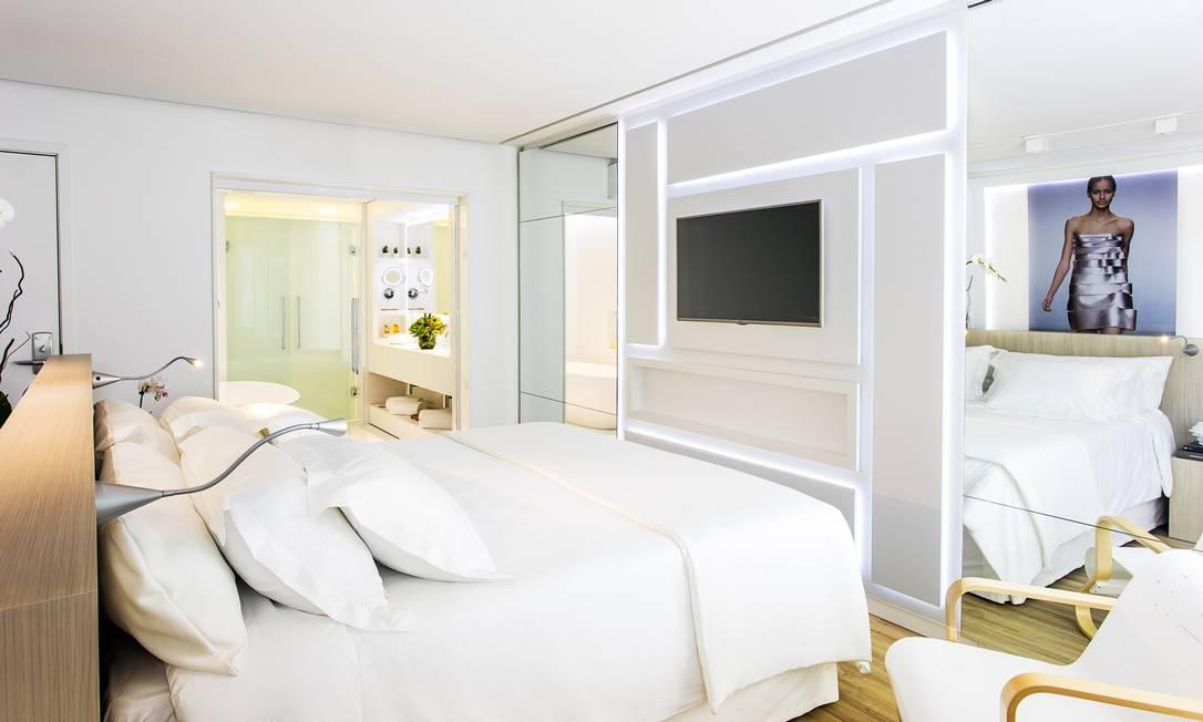O Best Western Arpoador teve o design assinado pela estilista Glória Coelho, que quis levar uma visão tecnológica e minimalista para os quartos Tomas Rangel