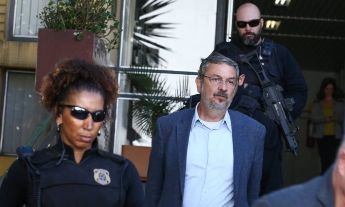 Antonio Palocci é preso na 35ª fase da Operação Lava-Jato Foto: Geraldo Bubniak / Agência O Globo / 26-9-2016