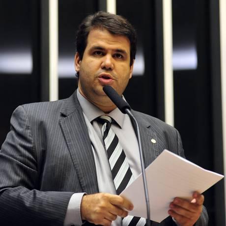 Deputado Aureo (SD-RJ) propõe projeto de lei para aumento de lei para quem induz o suicídio Foto: GUSTVO LIMA / Câmara dos Deputados
