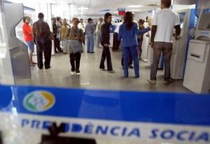 Agência do INSS no Rio Foto: Márcia Foletto / Agência O Globo