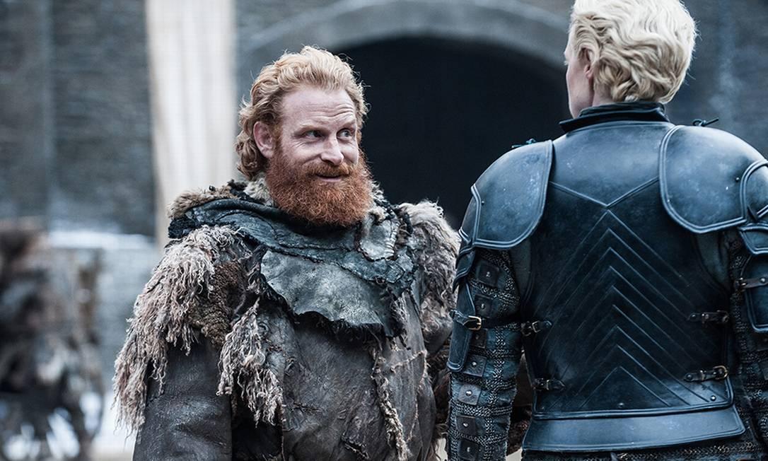 Tormund Giantsbane (Kristofer Hivju) e Brienne of Tarth (Gwendoline Christie) são o casal que todos querem ver junto nesta temporada HELEN SLOAN / HBO