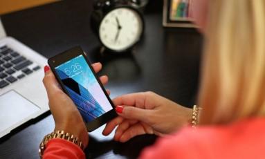O assédio não se dá apenas pelo contato físico, mensagens eletrônicas e comentários em redes sociais também configuram a prática Foto: Pixabay