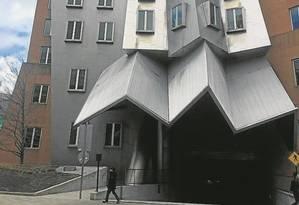Arquitetura de autor. O prédio de Frank Gehry para o Massachusetts Institute of Technology (MIT), em Cambridge Foto: Henrique Gomes Batista