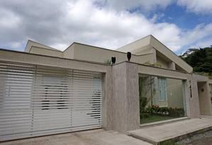 Casa de Luizinho Caveira, assesssor especial de Pezão, apontado por um delator premiado como operador do governador Foto: Márcio Alves / O Globo