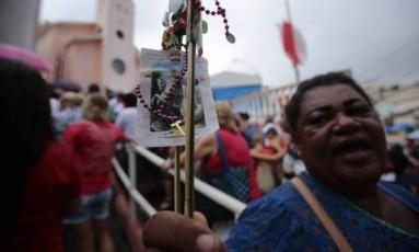 Milhares de fiéis lotaram a capela de São Jorge em Quintino, na Zona Norte Foto: Agência O Globo / Thiago Freitas