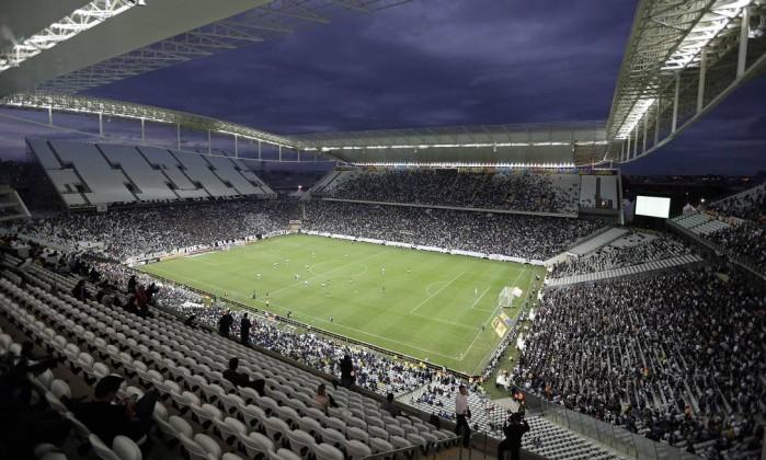 Corinthians e Odebrecht são condenados a devolver empréstimo