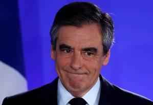 François Fillon discursa após divulgação do resultado das eleições: conservador não passou para o segundo turno Foto: CHRISTIAN HARTMANN / REUTERS