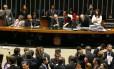 Eduardo Cunha preside sessão na Câmara em 18/02/2016 Foto: Aílton de Freitas/ Agência O GLOBO