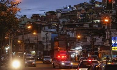 Menos de sete anos após ocupação pela polícia, Complexo do Alemão voltou a viver cenas de guerra Foto: Alexandre Cassiano / Agência O Globo