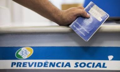 Mudanças trabalhistas e no sistema de Previdência Social Foto: Guito Moreto / Agência O Globo