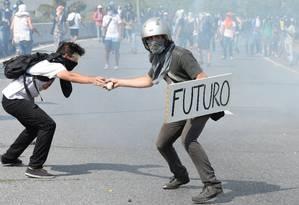 Confrontos em Caracas: 26 mortos em um mês Foto: FEDERICO PARRA / AFP/24-4-2017