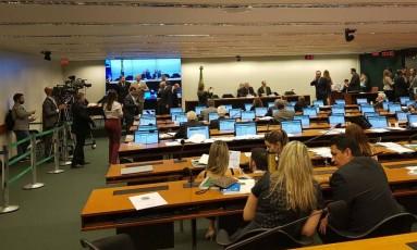 Sessão da comissão especial da Previdência Foto: Geralda Doca / Agência O Globo