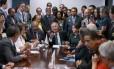 Renan se reúne com lideranças das centrais sindicais Foto: Jorge William / Agência O Globo