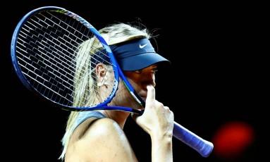 Maria Sharapova durante sessão de treinos para o WTA de Stuttgart Foto: RALPH ORLOWSKI / REUTERS
