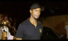Goleiro Bruno se apresenta à polícia de Varginha após decisão do STF Foto: Picasa