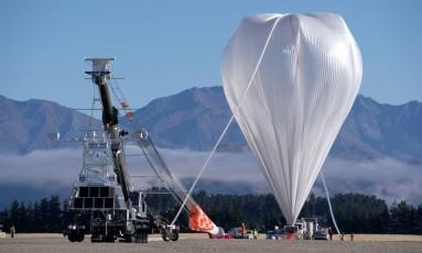 Balão imenso foi lançado nesta terça-feira, na Nova Zelândia Foto: NASA / REUTERS