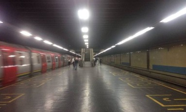 Sistema de metrô parou totalmente às 8h da manhã (horário local) em mais um dia de manifestações Foto: El Nacional