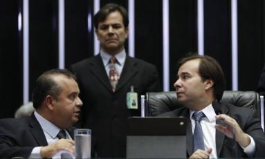 Câmara dos Deputados reunida para apreciar reforma trabalhista. Na foto, Rodrigo Maia e Rogério Marinho Foto: Ailton Freitas / Agência O Globo