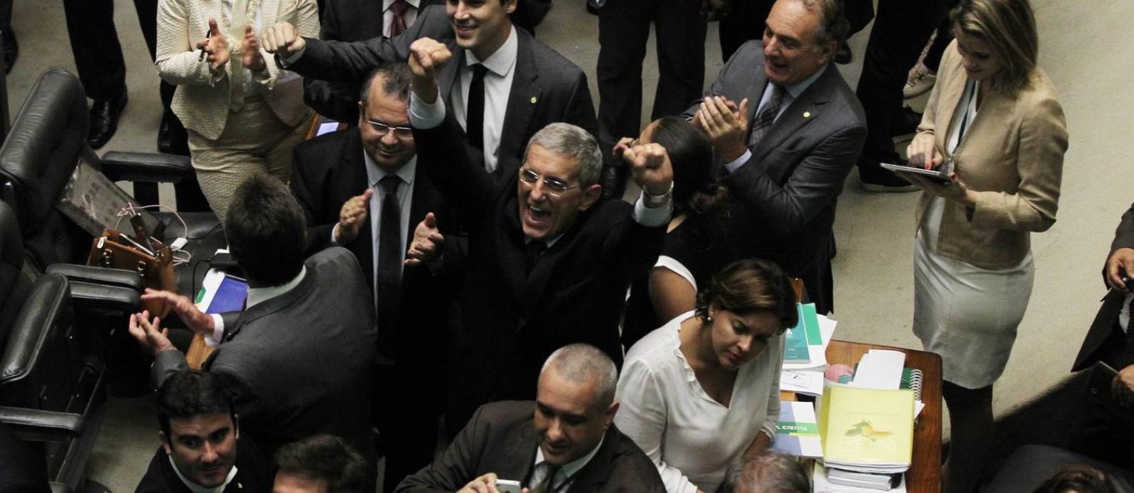 O plenário da Câmara, aprova a reforma trabalhista, do relator deputado Rogério Marinho (PSDB/RN) Foto: Givaldo Barbosa / Agência O Globo