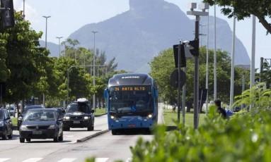Secretaria e empresas negam que transportes serão afetados no Rio Foto: Márcia Foletto / O Globo