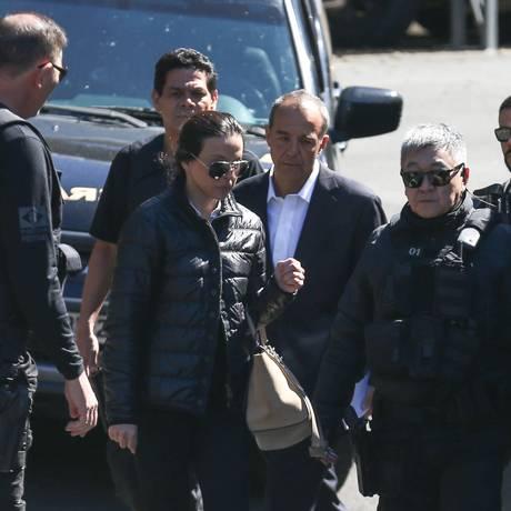 O ex-governador do Rio de Janeiro, Sérgio Cabral, e sua esposa, Adriana Ancelmo 27-04-2017 Foto: Geraldo Bubniak / O Globo