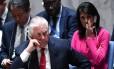 O secretário de Estado dos EUA, Rex Tillerson, e a embaixadora dos EUA na ONU, Nikki Haley, em uma reunião do Conselho de Segurança sobre a Coreia do Norte, na sede da ONU, em Nova York Foto: JEWEL SAMAD / AFP