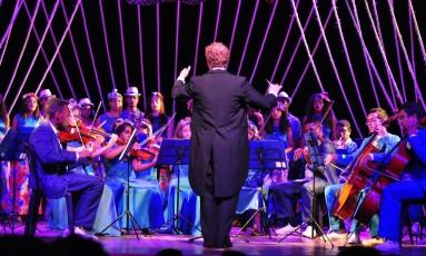 Espetáculo reúne 42 alunos com idades entre 12 e 26 anos Foto: Divulgação/Bruna Mendonça