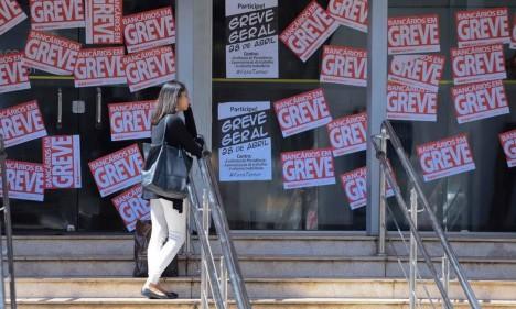Agências fecharam por conta da greve geral Foto: Arquivo