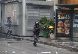RI Rio de Janeiro (RJ) 28/04/2017 Protestos no Centro do Rio Foto: Marcelo Theobald / Agência O Globo