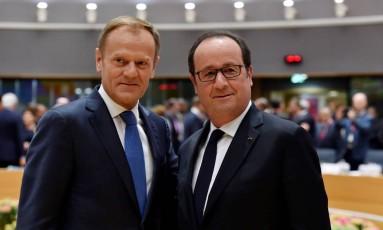 Tusk e Hollande se reúnem em Bruxelas Foto: ERIC VIDAL / REUTERS