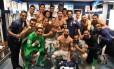 Jogadores do Real madrid comemoram, no vestiário, a vitória sobre o Sevilla Foto: Reprodução