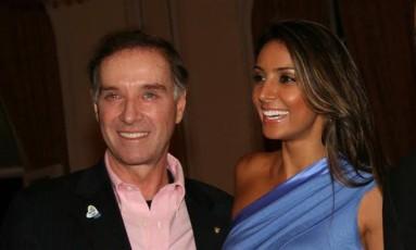 O empresário Eike Batista com a mulher Flávia Sampaio Foto: Reprodução