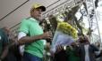 Doria dedica 'flores do mal' a Lula e a Dilma, em inauguração da Praça Ayrton Senna do Brasil, na Zona Sul