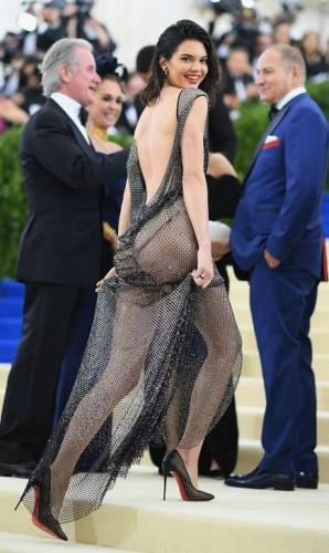 Mais de Kendall Jenner Foto: Dimitrios Kambouris / AFP