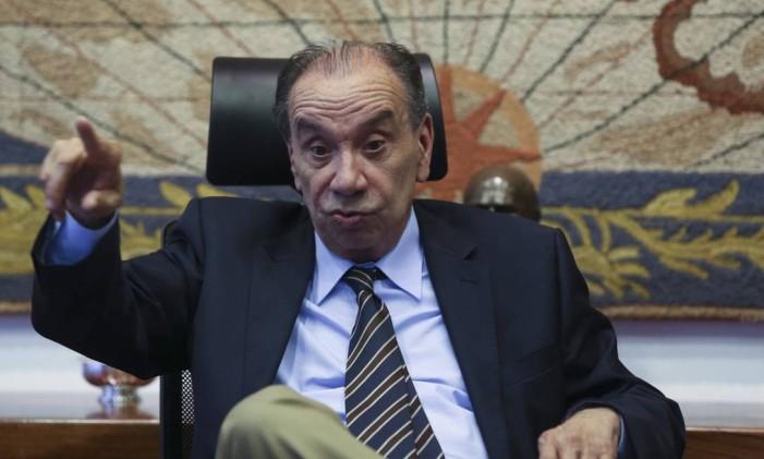O chanceler brasileiro, Aloysio Nunes, qualificou a proposta do governo como golpe. Foto: Ailton Freitas / Agência O Globo